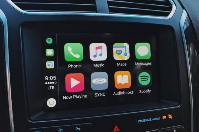 Ford 2017 Explorer - Apple CarPlay