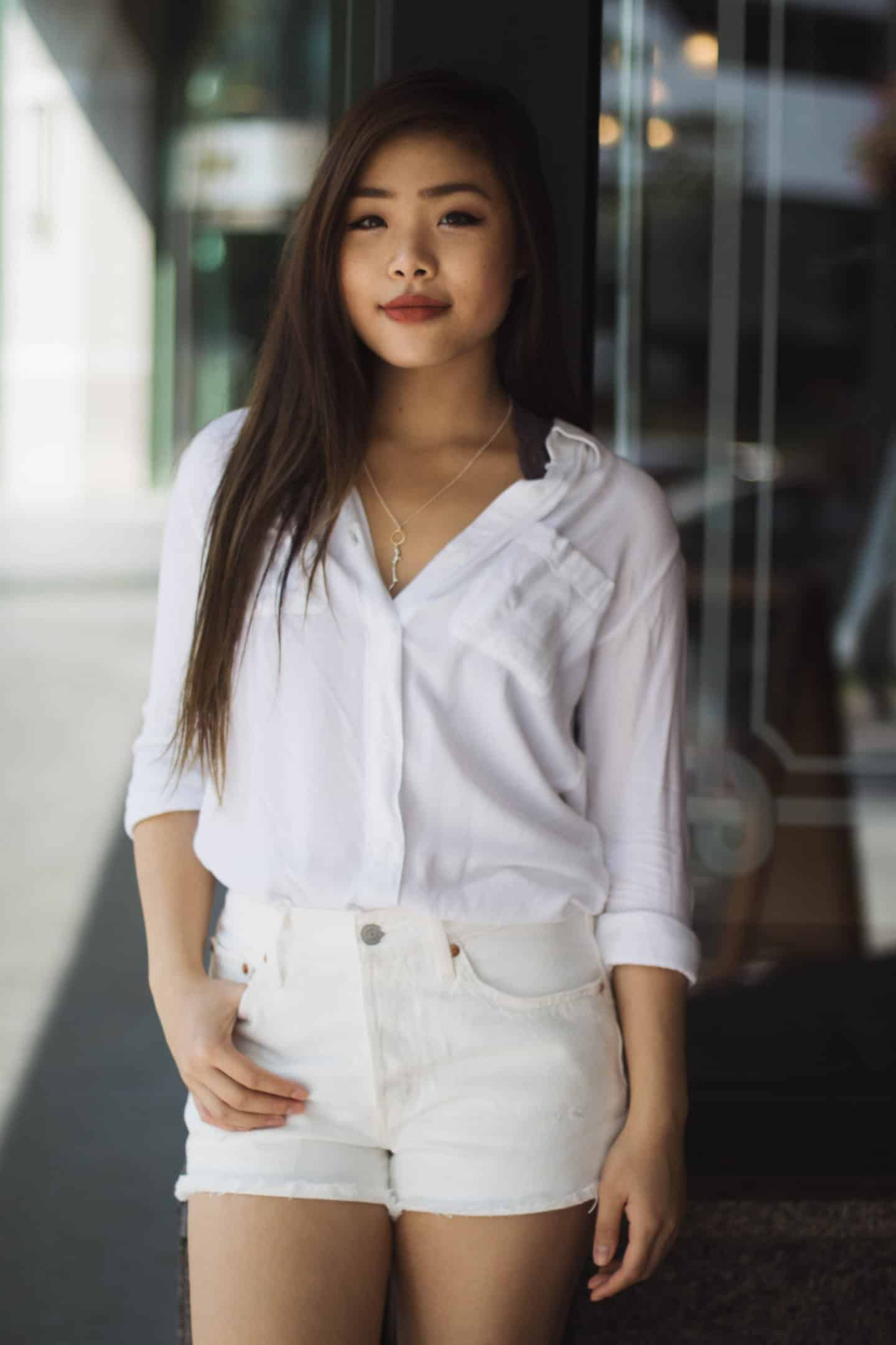 How to style a white on white outfit for summer