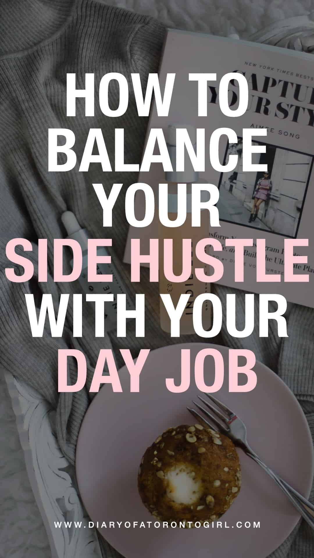 Looking for helpful tips on how to manage a side hustle with a full-time job? Here's how to balance your side gig with your day job!