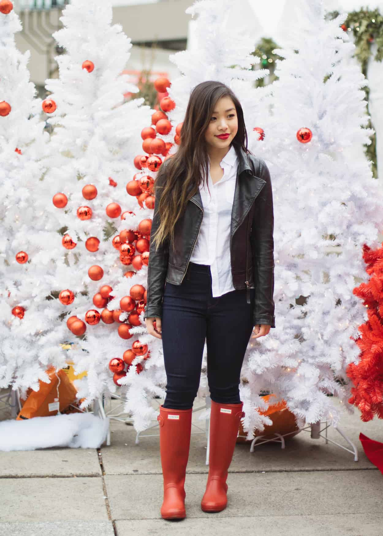 How to style red Hunter boots for winter