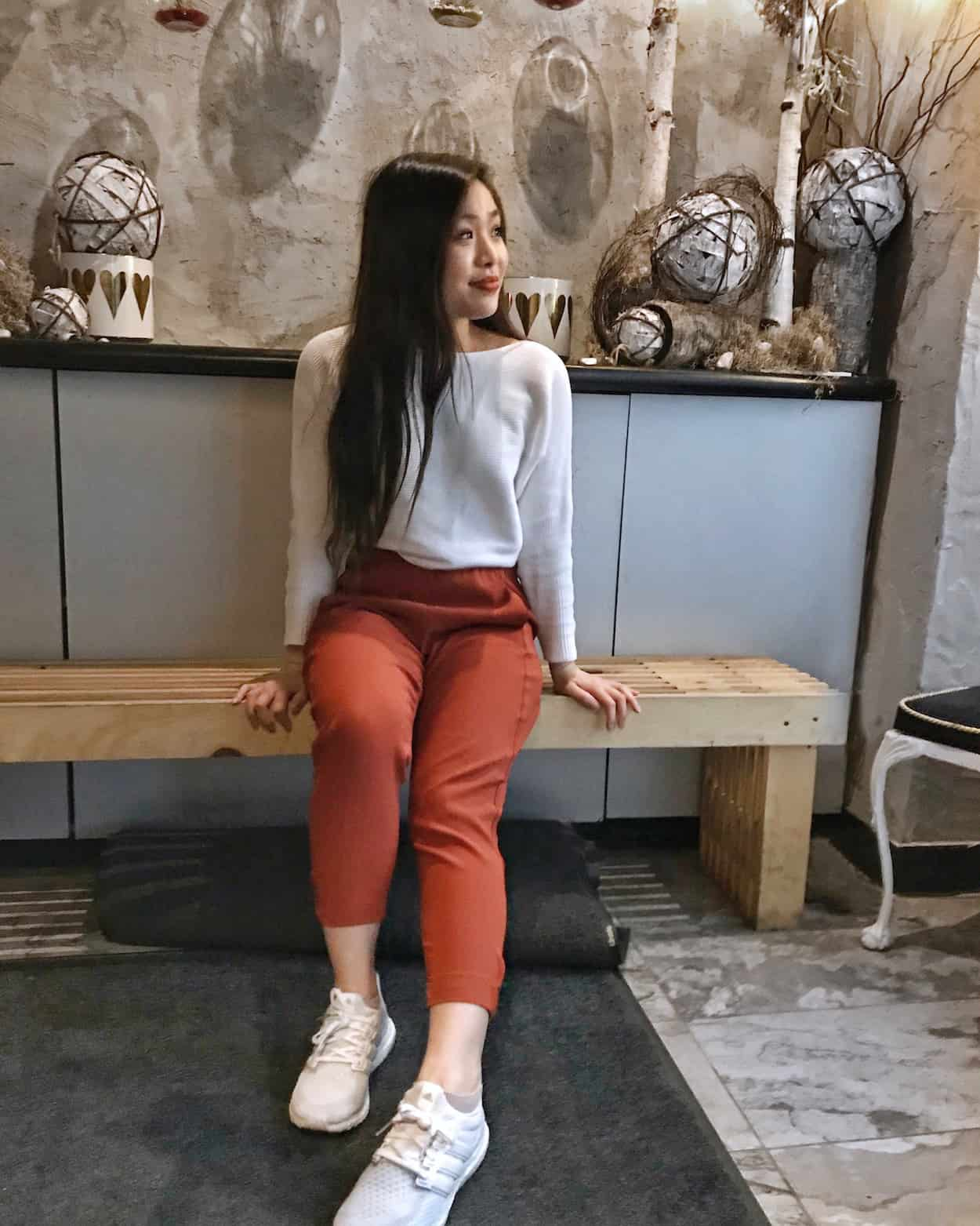 Mymy Chicken | the best Instagram-worthy spots in North York, Ontario | top Instagrammable places in Toronto, Canada | Korean fried chicken wings | Diary of a Toronto Girl, a Canadian lifestyle blog