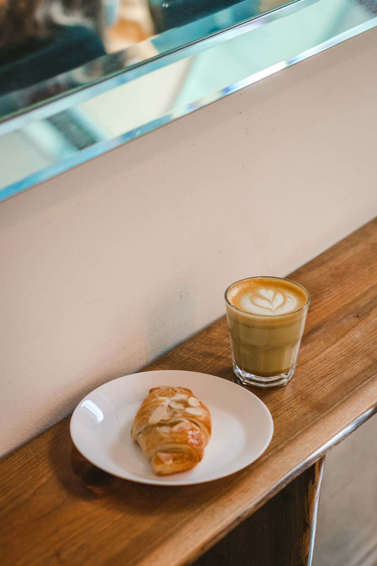 Versus Coffee, Toronto