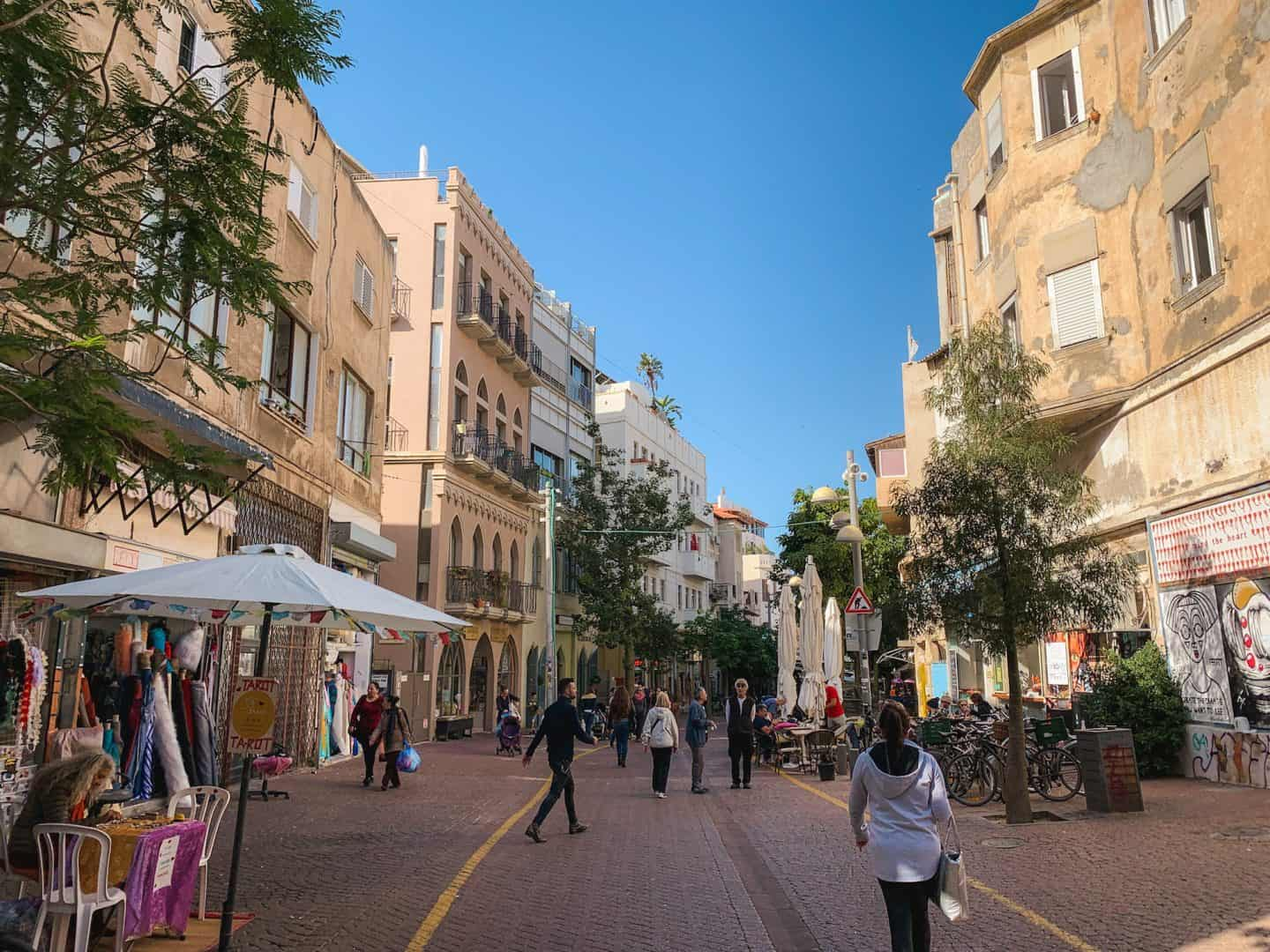 A first timer's guide to traveling to the Israel, including things to do in Tel Aviv and Jerusalem!