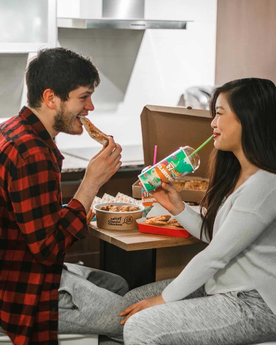 7-Eleven pizza date night at home