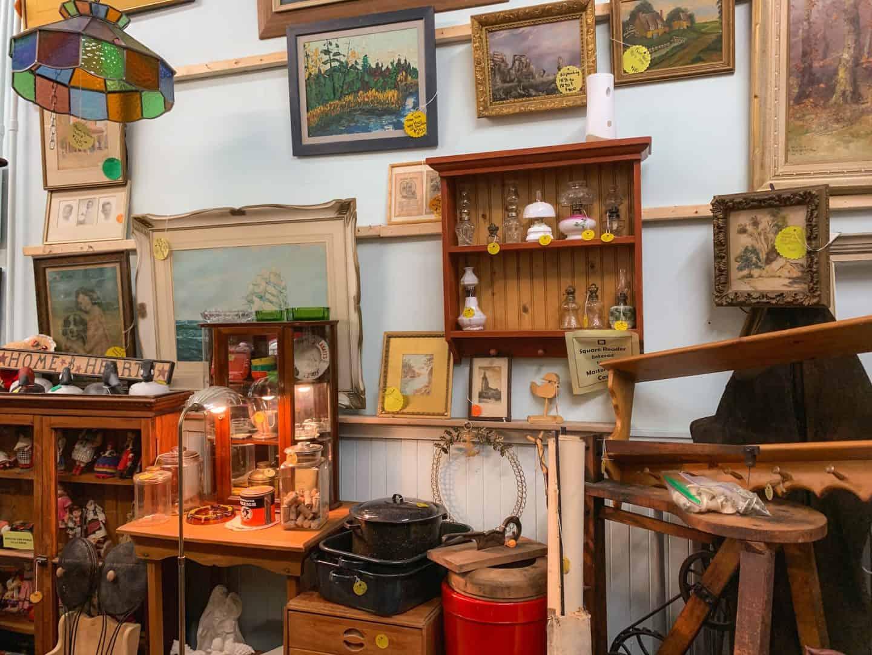 Aunt Molly's Antiques in Gananoque, Ontario