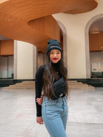 Art Gallery of Ontario in Toronto - wearing UNIF beanie, M Boutique black turtleneck, Adidas fanny pack, Levi's wedgie jeans