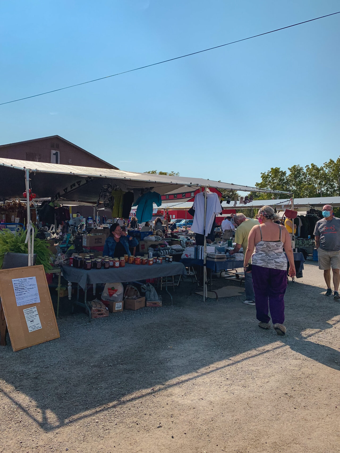 Vendors at Courtice Flea Market in Courtice, Ontario