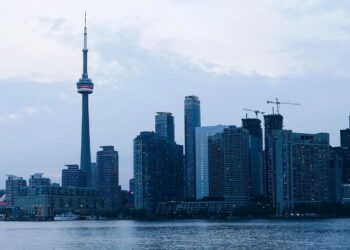 10 Fun Things to Do in Toronto During Summer