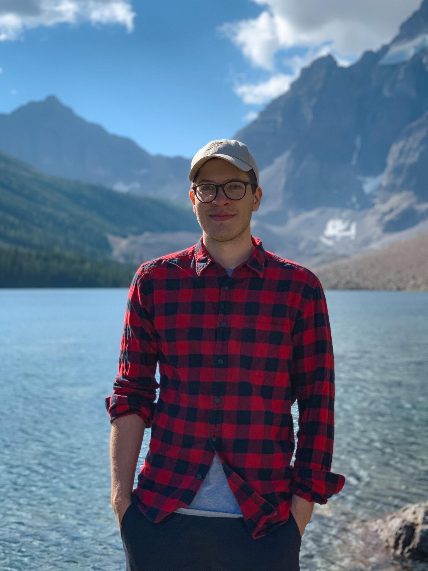 Consolation Lakes hiking trail in Banff, Alberta
