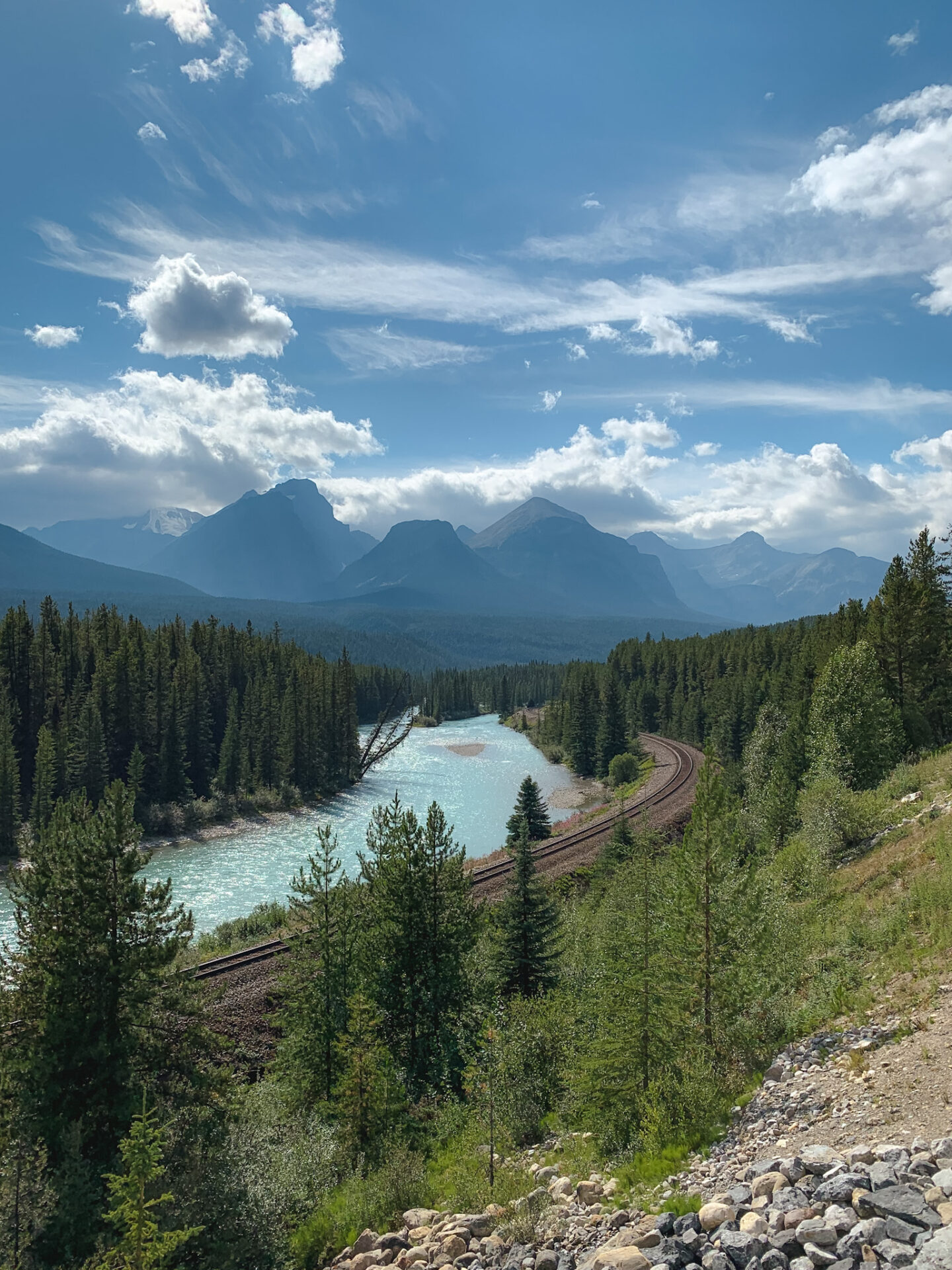 Morant's Curve viewpoint in Banff, Alberta